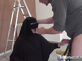 painter Muslim lazy shags girl with