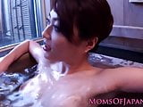 Asian pornstar Akari Hoshino gets wam in bath