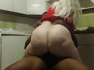 Dark skinned Hubby Making an attempt To Fuck Divorced BBW Lover in Kitchen