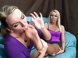 pantyhose lesbians foot love