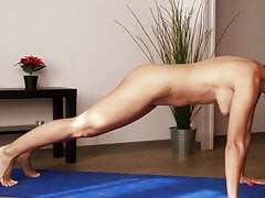 naked yoga Porn Videos