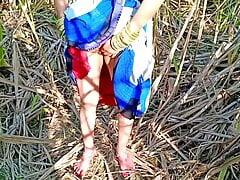 Indian village Bhabhi fucking outdoors with boyfriend