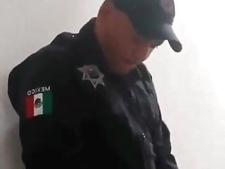 I suck police cock ang get slapped to not get arrested