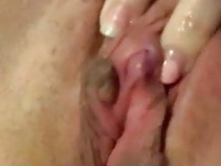 Very hot clit rubbing contractions...