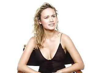 Brie Larson silent cleavage
