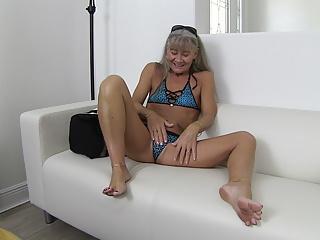 Amateur,Small Tits,Bikini,Milf,Mature,Dildo,Sex Toy,Hd Videos,Girl Masturbating