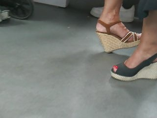 Candid hot mature feet in wedges heels (part2)