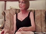Emotional Games With Amateur GILF Swinger