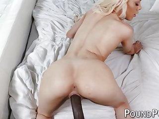 Attractive cutie slurps penis ahead of interracial cowgirl driving