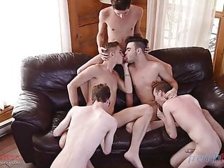 Amazing with french and canadian 18 boys...