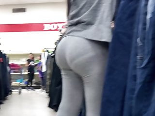 Huge PAWG at booth panty line store
