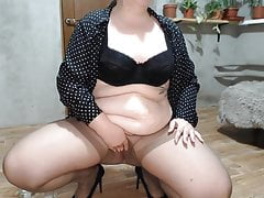 Sweet chubby wife pissing in pantyhose