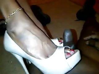 Fj and heel cumshot...