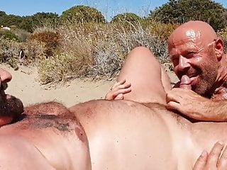 Two bears beachsucking...