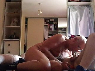 Laabanthony we love showing off,young man and I 5-8