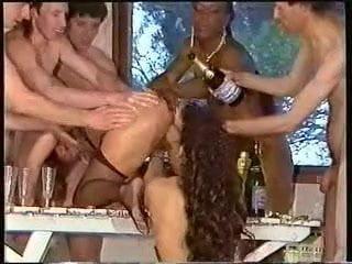 sex orgie 3 mama i syn seks porno