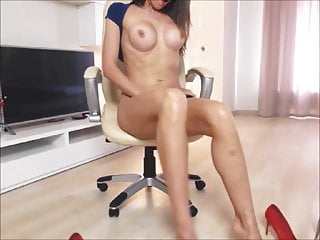 Goddess With Big Jugs Dildoing Her Tight Anus On Cam