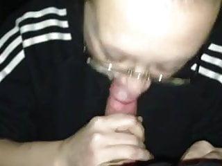 Ugly milf gives blowjob