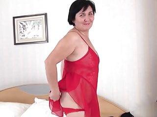 Hairy Mature Yulya #2