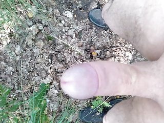 Outdoor im Wald (Wank in the Forest)