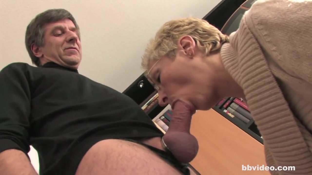Short Hair Mature Creampie