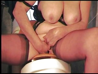 nové černé babičky porno