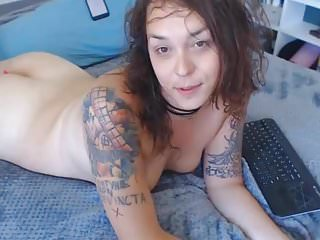 Horny tranny self sucking her cock...