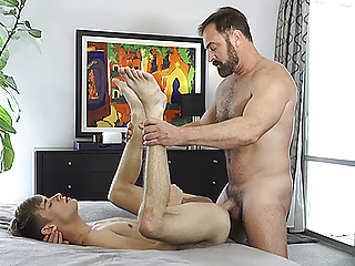 FamilyDick – Innocent Boy Gets His Tight Asshole Pounded