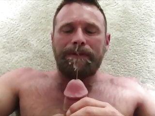 Cum Eating Muscle Bear