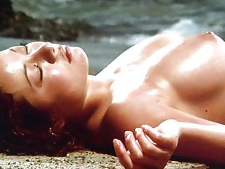Japanese Vintage Softcore video: Onsen Mimizu Geisha Trailer with Reiko Ike and Miki Sugimoto