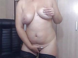 Curvy Russian Woman Fingering Her Pussy On Webcam