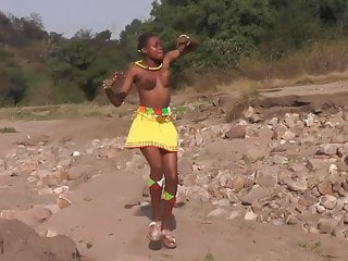 topless girls Zulu African dancing