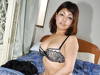 Japanese plumper, Ran Kobayakawa wants to be a pornstar, unc