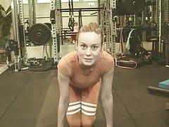 Brie Larson super SEXXXY