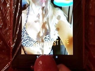 سکس گی WWE شارلوت فلیر کشتی در CumTribute HD استمناء آماتور فیلم ادای احترام