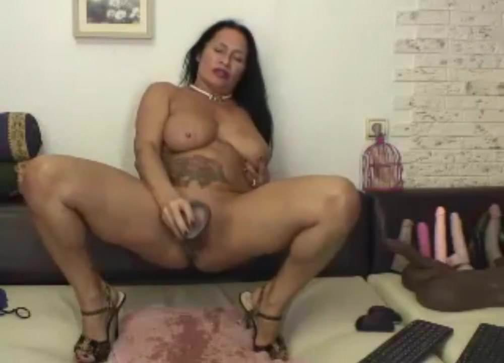 Latina Dirty Talk Masturbation