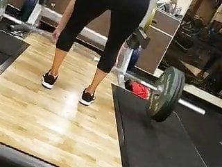 Voyeur Amateur video: Girl at gym