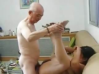 Chinese granny neighbour gets fucked by chinese grandpa...