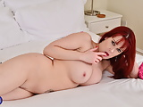 British MILF Tanya Cox fucks her starving pussy