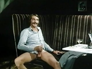 Zur Sache Votzchen Paradiso (1977)