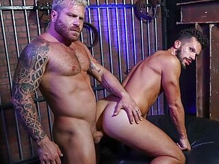 Riley Mitchel Reconnects With His Step-Bro & Sucks His Cock
