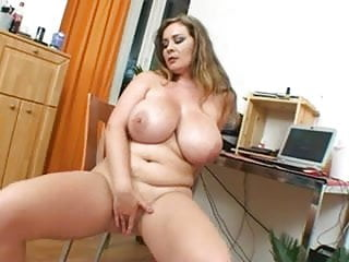 Sweet girl with giant play with her cunt...