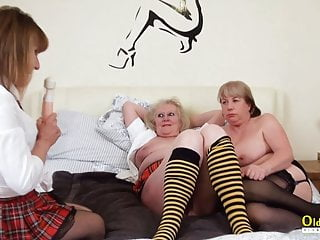 Oldnanny ladies get pussy treatment...
