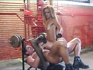 Hot Ebony Babe Takes Interracial Thrusts From A Muscular Man