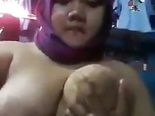Indonesian mom masturbating while husband is away...