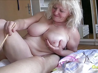 cock Playing Matures Busty OldnannY with Round