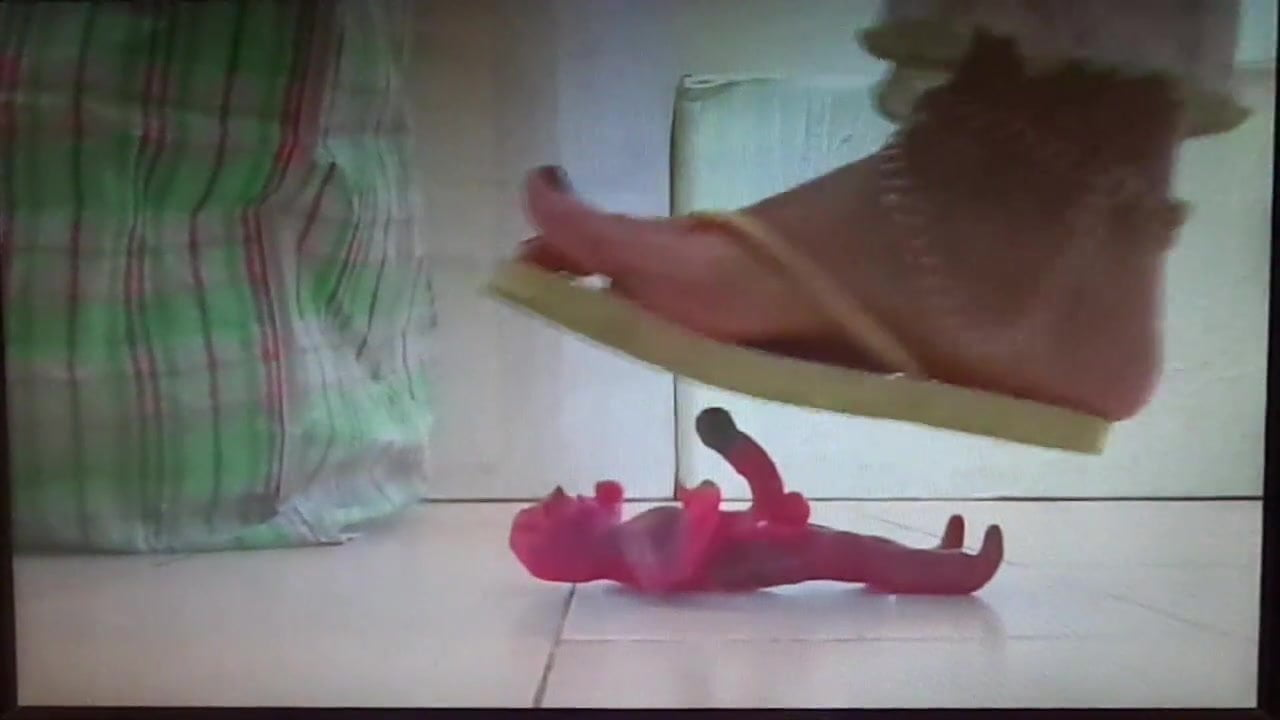 Cali Logan Giantess Feet