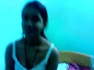 Petite Desi chick likes to flash