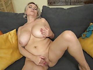 Busty Mature Cindy II