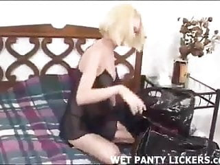 Blonde hottie stole friend panties...